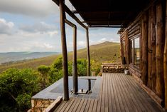 A romantic mountain lodge in the tranquil mountains of the Overberg, South Africa Desert Aesthetic, Stone Cabin, Farmhouse Architecture, Farm Stay, Beautiful Sites, Weekends Away, Metal Homes, Hot Tubs, Travel And Tourism