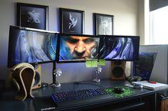 Did a revamp of my battlestation for now featuring a DIY standing Oculus Rift workstation! Hope you folks enjoy some glamour shots of my dorm room nerd cave! Pc Gamer, Gamer Room, Computer Desk Setup, Gaming Setup, Pc Setup, Office Setup, Video Game Rooms, Custom Pc, Home Studio Music