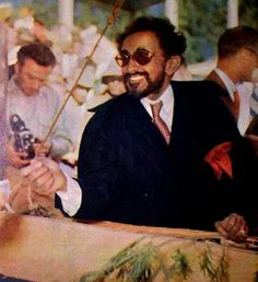 Haile Sellassie of Ethiopia African Culture, African American History, Rastafari Art, Bob Marley Pictures, Ethiopian Wedding, Black Royalty, Haile Selassie, African Royalty, Lion Of Judah