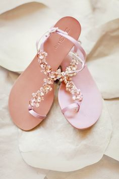 gorgeous sandals for a beach wedding | Darling Stuff