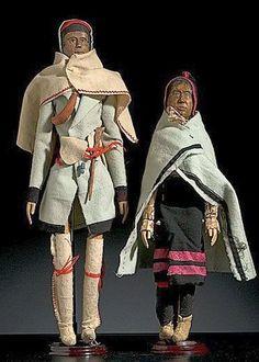 Micmac wooden dolls, ca. Native American Dolls, Native American Design, Native American Indians, Native Indian, Native Art, American Indian Crafts, Woodland Indians, Indian Dolls, American Spirit