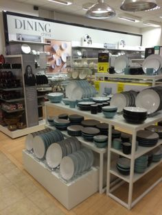 Debenhams - Nottingham - Post Christmas Recovery - Department Store - Variety Retail - General Merchandise - Clothing - Homewares - Beauty Hall -Layout - Landscape - Visual Merchandising - www.clearretailgroup.eu
