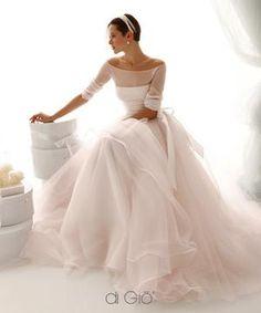 Bekijk de foto van ElsaRblog met als titel Mooie jurk om van weg te dromen... en andere inspirerende plaatjes op Welke.nl.