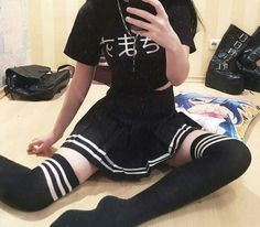 Most Popular Grunge Fashion Style For Summer Outfits Grunge Outfits, Edgy Outfits, Korean Outfits, Grunge Fashion, Summer Outfits, Girl Outfits, Fashion Outfits, Fashion Trends, Pastel Goth Fashion