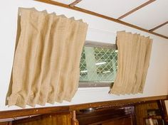 DIY Boat Cabin Curtains - excellent tutorial from Sailrite on how to make curtains for a boat. Make A Boat, Build Your Own Boat, Diy Boat, Sailboat Living, Living On A Boat, Mini Loft, Cabin Curtains, Diy Curtains, Interiors