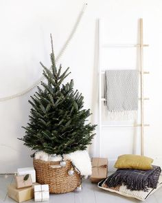 A New York Minimalist Christmas — Woods & Weaves