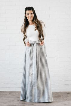 Vintage Clothes Women Outfits Shabby Apple 57 New Ideas Modest Dresses, Modest Outfits, Modest Fashion, Women's Fashion Dresses, Cute Dresses, Vintage Dresses, Beautiful Dresses, Vintage Outfits, Vintage Fashion