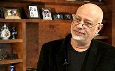 O filósofo Luiz Felipe Pondé, faz uma análise sobre o comportamento de uma pessoa narcisista e cita as diversas dificuldades encontradas ao...