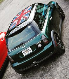 Reppin' the #UnionJack roof that I wish I could pull off on my #MINI  #minilovers #minicooper #helenblitz