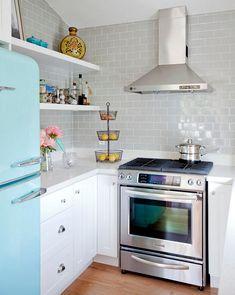 This is so pretty!! #modern & #vintage #kitchen