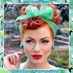 Earrings Clips: 50's style Confetti Lucite Lagoon Ball - Model: Greta Macabrre - Photo: I.Turk