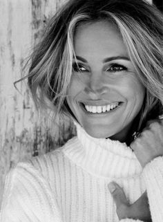 Look Your Best With This Fashion Advice Julia Roberts, Danielle Fishel, Business Portrait, Eva Green, Foto Cv, Actrices Hollywood, Celebrity Portraits, Celebrity Drawings, Simple Makeup