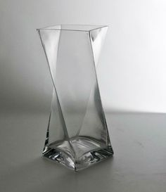 Centerpiece Twisted Square Design Vase (lot Of 12) $90