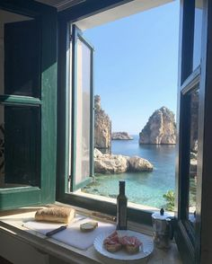 A light lunch with sea view in Tonnara di Scopello, Sicily. Vacation Trips, Dream Vacations, Honeymoon Vacations, Honeymoon Outfits, Vacation Outfits, Places To Travel, Places To See, Italian Summer, Destination Voyage