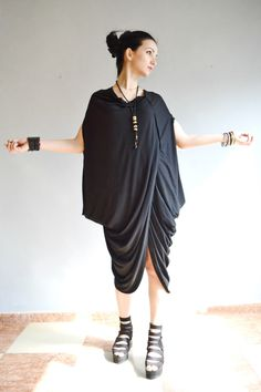 Black  Kaftan/ Loose Kaftan/Dubai Dress / Plus Size Caftan/ Loose XXXL Caftan/ Black Abaya by Zenmix on Etsy https://www.etsy.com/uk/listing/270784285/black-kaftan-loose-kaftandubai-dress
