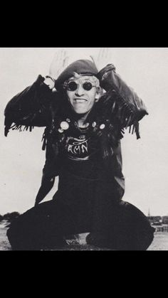 Pop Rock, Rock N Roll, The Damned Band, Goth Bands, 80s Punk, Band Photos, Psychobilly, Dream Guy, Lady And Gentlemen