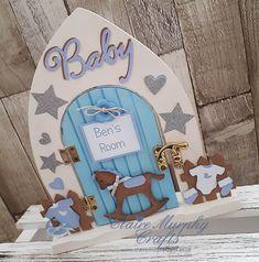 Diy Fairy Door, Fairy Doors, Elf Door, Heart Projects, Fairy Crafts, Christmas Fairy, Marianne Design, Frame Crafts, Wooden Crafts