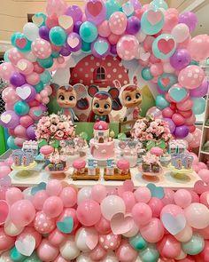 Baby Girl Birthday, 3rd Birthday, Troll Party, Birthday Background, Baby Party, Cry Baby, Party Themes, Crying, Selena Quintanilla