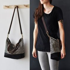 CARRY BAG TRIANGLE by bookhouathome on Etsy