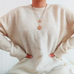 #warmandcozy #sweater #nudesweater #falloutfit #goldnecklace #ootd #outfitideaforautumn #autumnfashion #outfitinspiration #sweaterweather Fall Sweaters, Sweater Weather, Warm And Cozy, Fall Outfits, Autumn Fashion, Ootd, Pullover, Fall Fashion, Autumn Outfits
