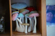 Greedy For Colour: How to Crochet a Toadstool.... tutorial, thanks so xox .
