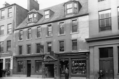 Kings Arms Close 13 -17 High Street