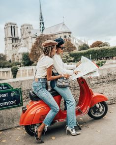 Best friends riding a red Vespa together around Paris. Navigating Paris on a bridge in front of the Notre Dame Cathedral. Places to go and things to visit on your vacation trip to Paris in Europe. Vespa Girl, Scooter Girl, Travel Pictures, Travel Photos, Red Pictures, Paris Pictures, Girl Photography, Travel Photography, Go Feminin