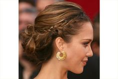 @Danielle Leigh this kind of updo could maybe work in my hair?