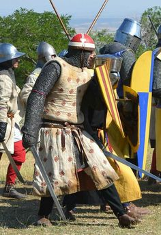 Roland de Paul. Occitaine knight, defending the aragonese league against the Pope of Rome and the king of France. Catarisme was the cause of the conflict. XIIIth century. Feudorum Domini.