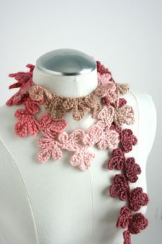 Blooming Vine Scarf in Strawberry