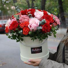 Flower Boxes, Amazing Flowers, Table Decorations, Create, Home Decor, Globes, Window Boxes, Decoration Home, Planter Boxes