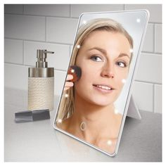 Trendy diy makeup mirror with lights awesome Ideas Diy Makeup Mirror, Makeup Mirror With Lights, Makeup Tools, Makeup Brushes, Makeup Ideas, Mirrors That Light Up, Diy Wedding Aisle Runner, Home Remedies For Acne, Makeup Yourself