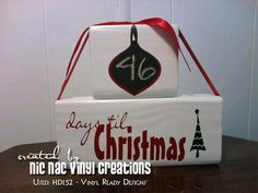 CHRISTMAS COUNTDOWN CHALKBOARD - DIY project made using our downloadable digital designs. - Vinyl Ready Designs http://vinylreadydesigns.com/category2.php?search=HD152=Search