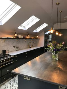 Bespoke kitchen by 202 design. Painted Shaker, farrow & Ball Railings, Carrara M. - Home Design Inspiration Kitchen Lamps, Kitchen Chandelier, New Kitchen, Kitchen Ideas, Kitchen Post, Kitchen Fixtures, Kitchen Layout, Copper Lights Kitchen, Compact Kitchen