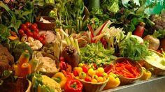 農家の台所 銀座店。新鮮な野菜がたっぷり採れる。 東京のバイキングスポット