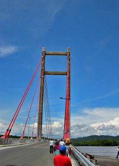 Puente La Amistad.  Está en el estuario de la desembocadura del Río Tempisque entre los cantones de Cañas y Nicoya--COSTA RICA. .VMA.