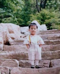 Read J-Hope's Childhood Photos from the story All about BTS by (pinkpunk) with 592 reads. Bts Taehyung, Vlive Bts, Jung Hoseok, Bts Bangtan Boy, Bts Predebut, Jhope Cute, V Bts Cute, Foto Bts, J Hope Smile