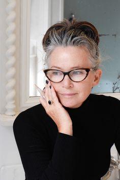 Glasses for gray hair