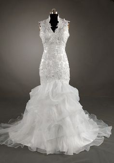 Trumpet / Marmaid Queen Anne Sleeveless Chapel Train Satin Organza Wedding Dress With Applique Beading Free Shipping$219.00