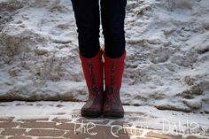 Here in our city we get lots of rain, freezing rain and snow. Winter tends to get slushy, messy and just downright yucky. Freezing Rain, Ottawa, Cowboy Boots, Riding Boots, What To Wear, Shoes, Fashion, Zapatos, Moda