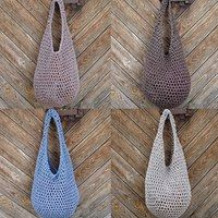 I have the white one! Crochet bag