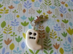 Porte clés Halloween fantôme en fimo - porte clés - l'atelier tagada - Fait Maison
