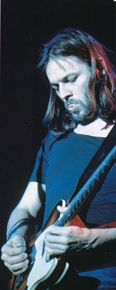 David Gilmour's tongue only pops out during his finest solos.