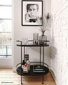 Bar cart in a minimalist home setting with white brick design ideen skandinavisch Gerahmter Digitaldruck James Bond Drinking Interior Design Minimalist, Minimalist Home, Interior Modern, Apartment Living, Home And Living, Modern Living, James Bond, Bar Cart Decor, Bar Cart Styling