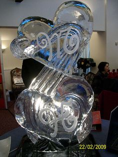 Ice Creations ice sculptures ice statues and carvings make perfect wedding centrepieces ice carvings. Wedding ice sculptures for your reception,wedding planning