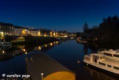 Heure bleue – ap-photographe  #bluehour #heurebleue #nantes Opera House, River, Building, Outdoor, Nantes, Board, Photography, Outdoors, Buildings