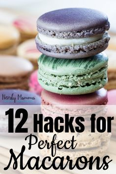 I was hopeless at making macaron cookies but now that I have these 12 Hacks for Perfect Macarons I am a cookie-making-machine! I was hopeless at making macaron cookies but now that I have these 12 Hacks for Perfect Macarons I am a cookie-making-machine! Just Desserts, Party Desserts, Delicious Desserts, Yummy Food, Healthy Food, Yummy Recipes, Cookie Recipes, Dessert Recipes, Fun Baking Recipes
