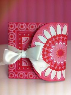 Such a cute little card created with the Cricut All Wrapped Up Imagine cartridge.
