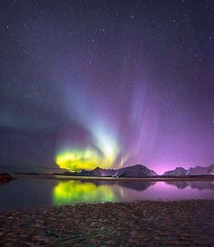 Photo By @pearlcyprus Aurora  in Norway for more have a look his feed by wow_planet