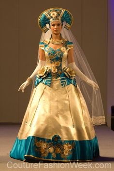 Evgenia Luzhina-Salazar Couture Fashion Show New York 2013 Collection Printemps 2013 #evgenialuzhinasalazar #mode #fashion #women #femmes #printemps2013 #newyork #couturefashionshow #couture #inspiration #robe #dress #robelongue